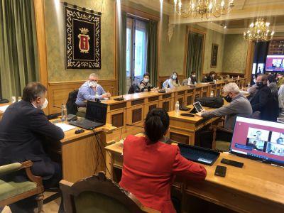 El Ayuntamiento movilizará 2,4 millones de euros para paliar los efectos de la crisis